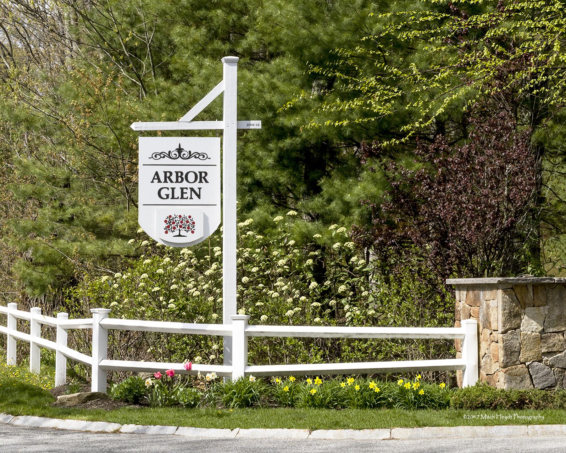 Arbor Glen Sign-1
